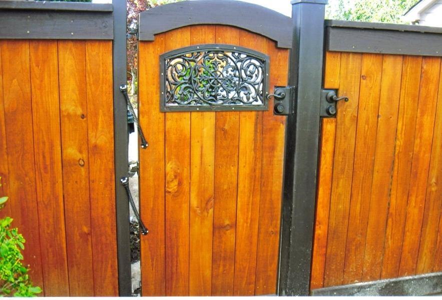 Cedar Fence Gates Photos