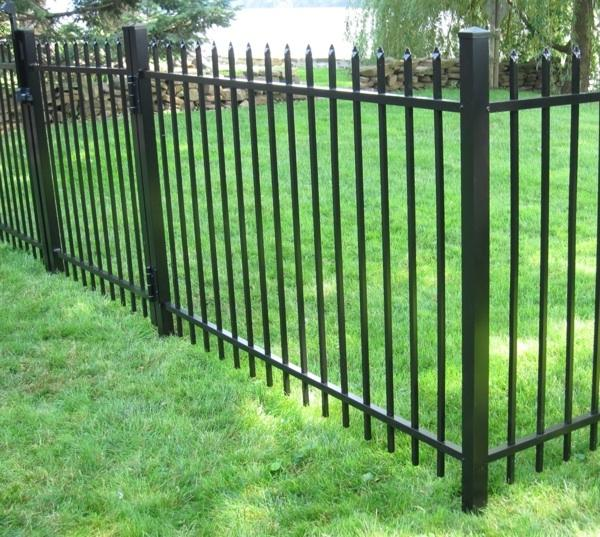 Iron Fence Photos