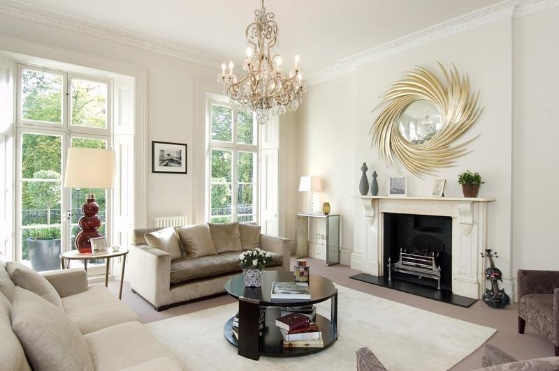 Photos victorian living rooms for Modern victorian living room designs