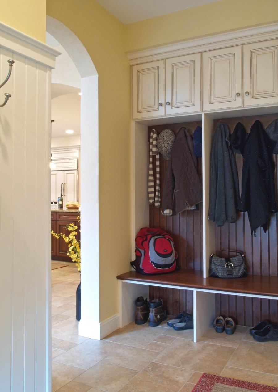 Interior Mudroom Ideas For Small Spaces Mudroom Ideas For Small...