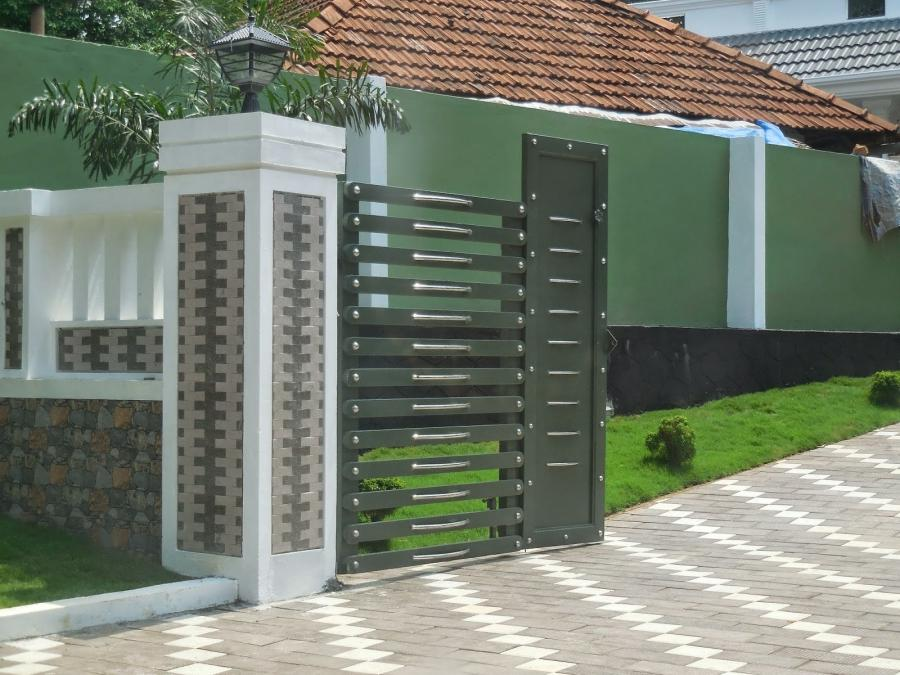 Pictures of Kerala House Gates