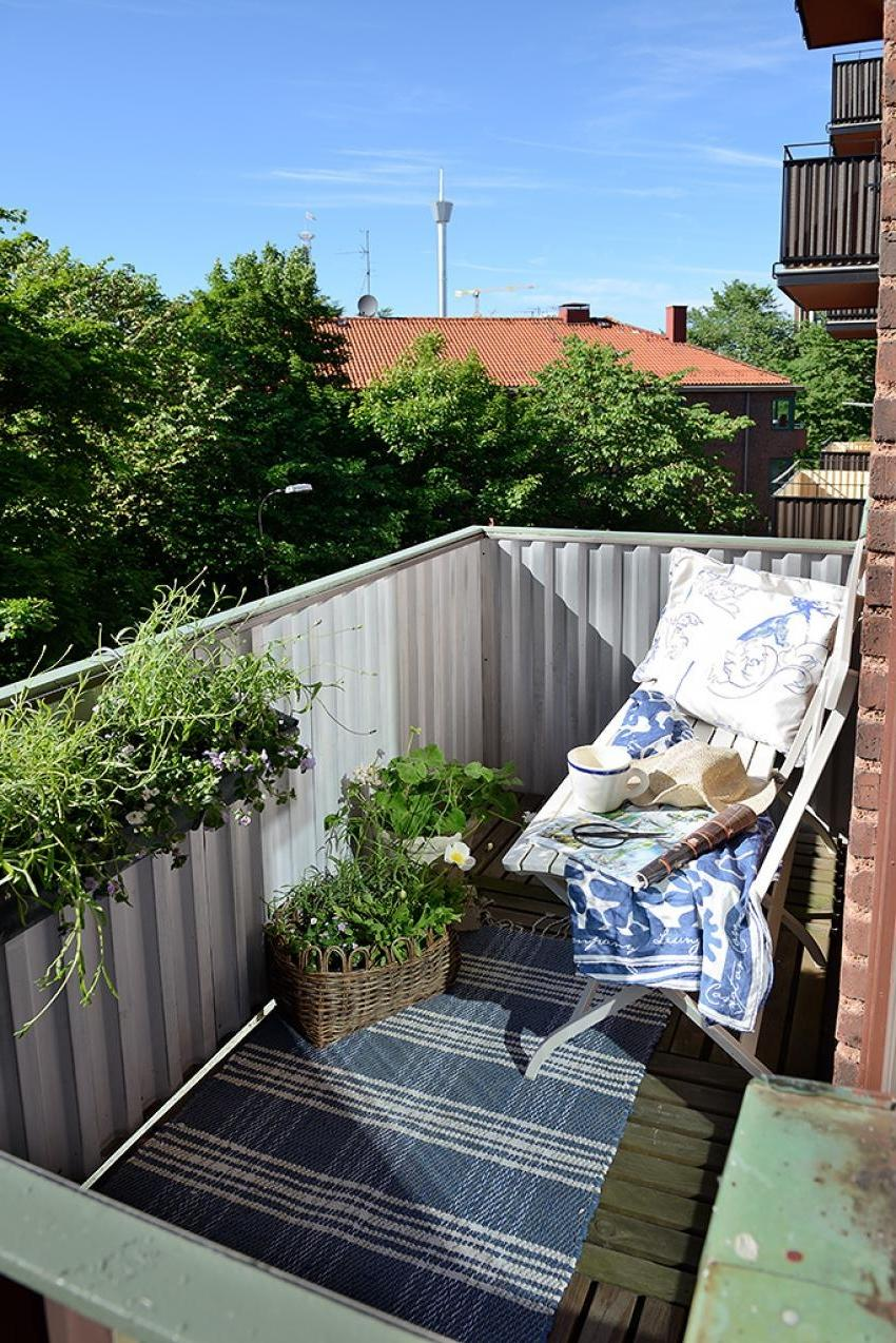 ... Apartment Balcony Decorating Ideas With Fancy Small Balcony...