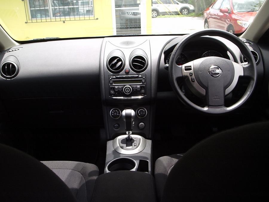 2010 Nissan Rogue Interior Photos