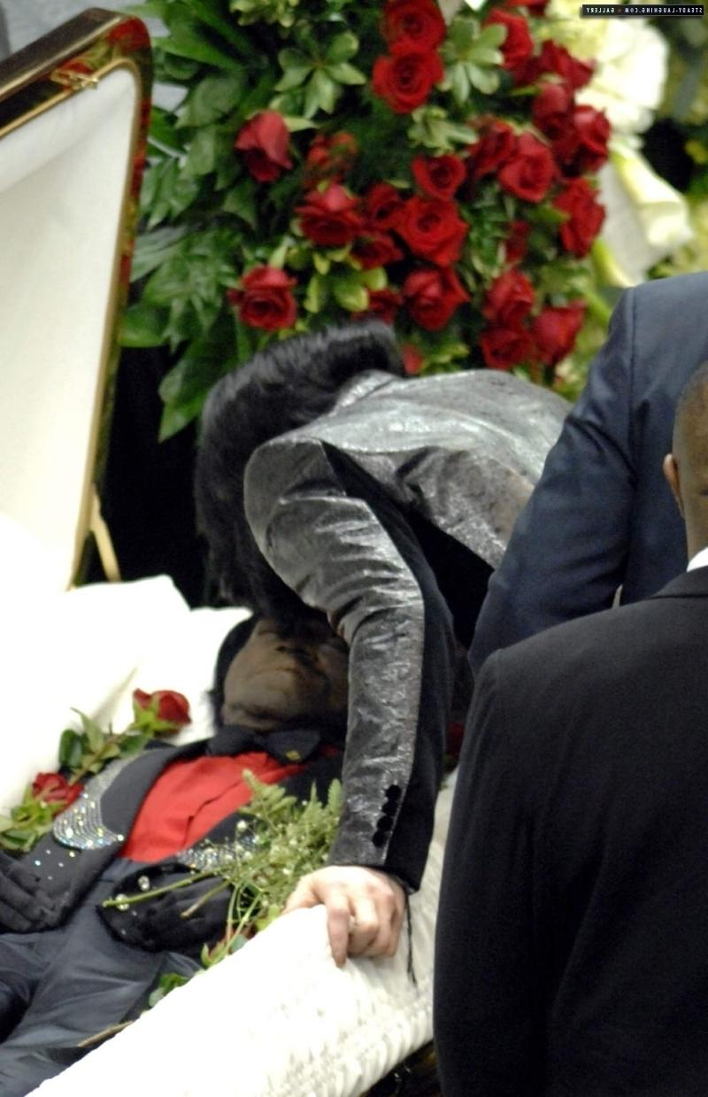 james brown open casket - photo #3