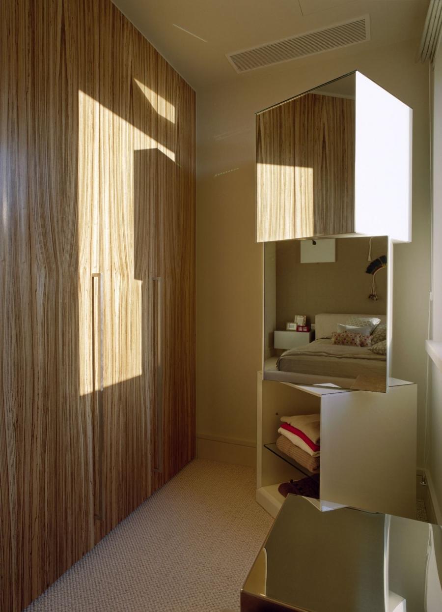 Design dressing photo room show for Home dressing room ideas