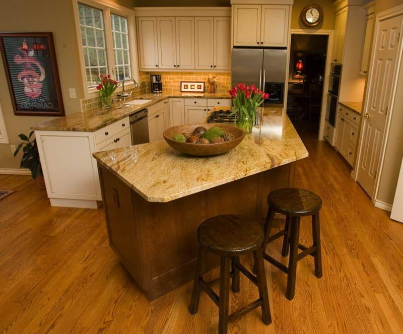 Photos odd shaped kitchen islands for Kitchen designs for odd shaped rooms