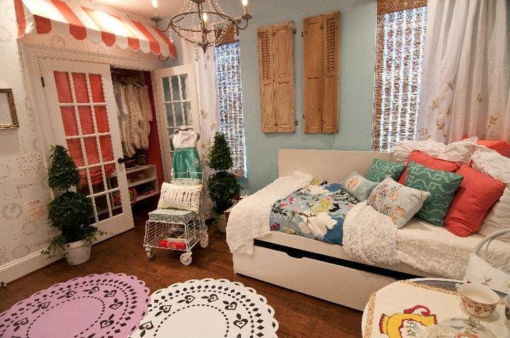 Extreme makeover bedroom photos Extreme Makeover Home Edition Before And After Interior