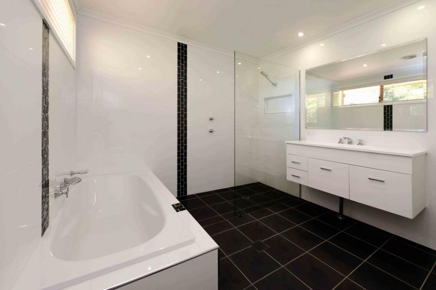 Photos of bathroom renovations for Small bathroom renovations canberra