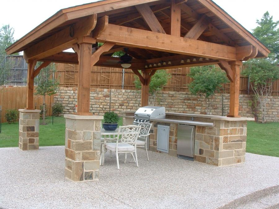Outdoor kitchen roof photos for Outdoor kitchen roof structures