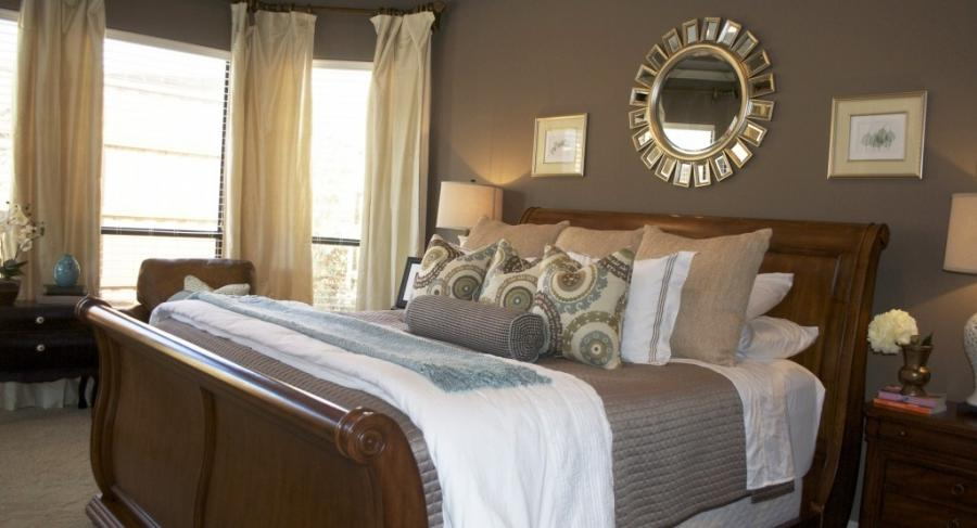 Bedroom makeover photos for Great master bedroom designs