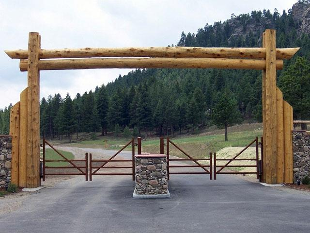 Entrance Gates Photos