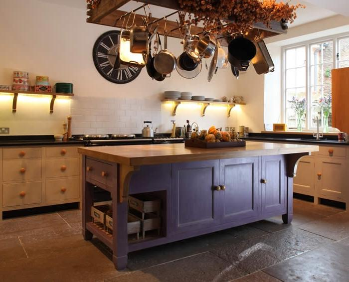 Traditional style kitchen island free standing unit