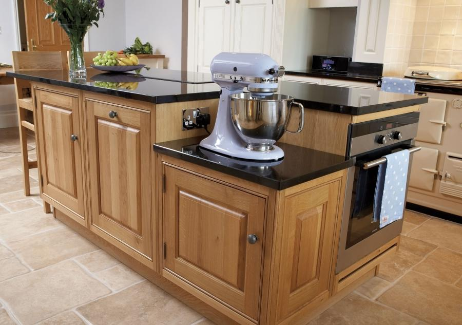 Photos of fitted kitchens for Fitted kitchen companies