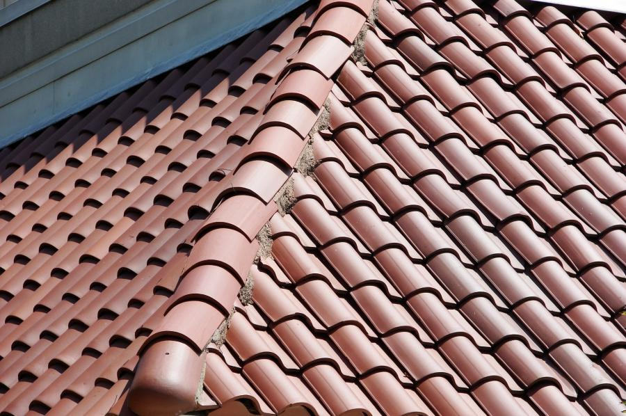 u0026quot;Spanishu0026quot; style ceramic tile roof in Texas