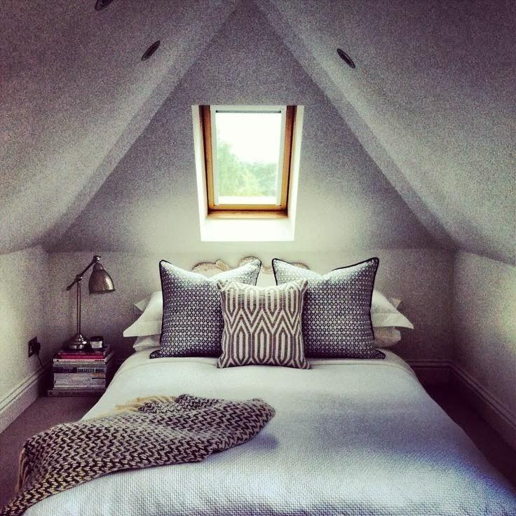 Creative Scheme For Modern Attic Bedroom Decor With Homely...