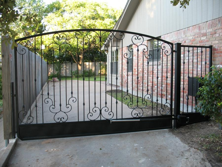 Custom Gate Photos