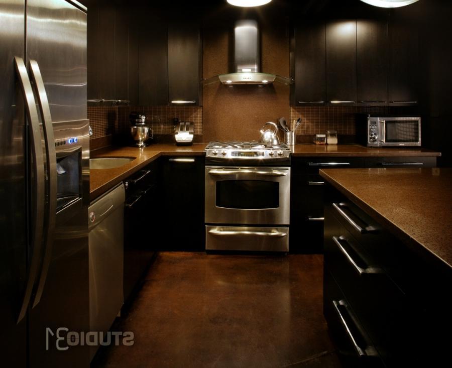 Photos dark kitchen cabinets dark floors for Hardwood floors under cabinets