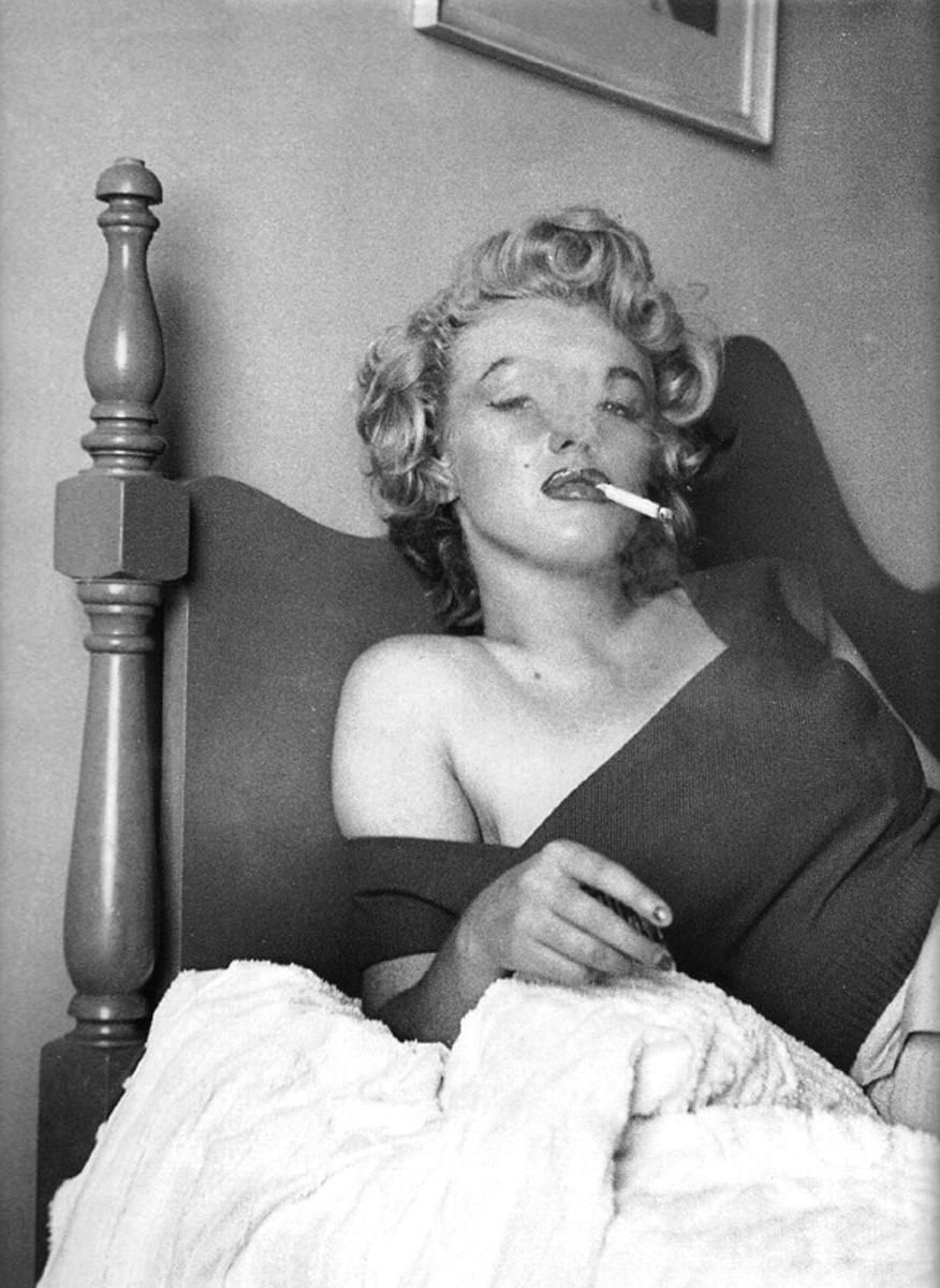 death of marilyn monroe To admirers of marilyn monroe, it has long been a heartbreaking subplot, a tale of two very different ex-husbands one was the playwright arthur miller, cast as the cold-hearted intellectual who never really loved marilyn and so, until his death.