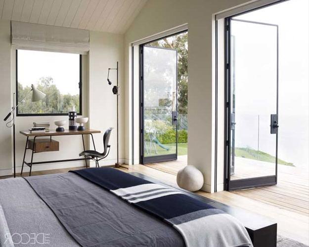 Оригинальные балконные двери стеклянные гласстрой.