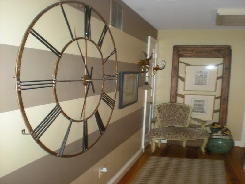 Cool Hallway Decorating Ideas: Oversize Wall Clock Frame Hallway...