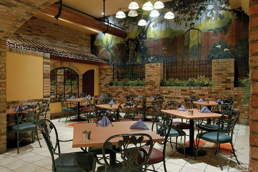 Seafood restaurant interior design photos