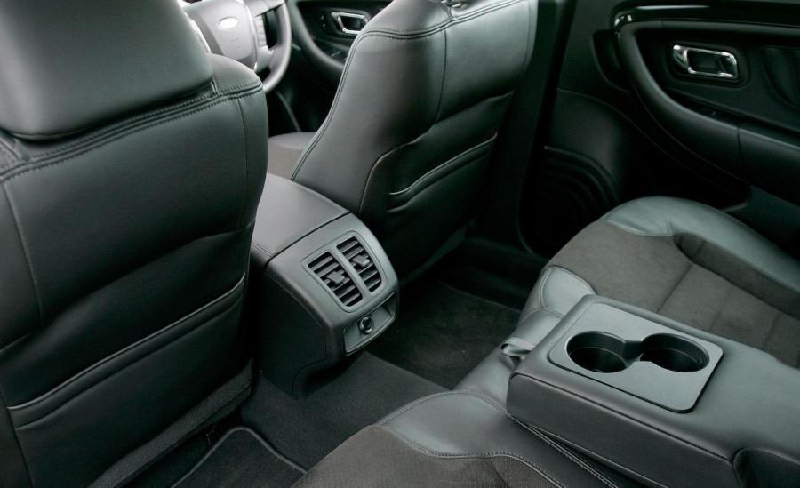 2010 ford taurus interior photos