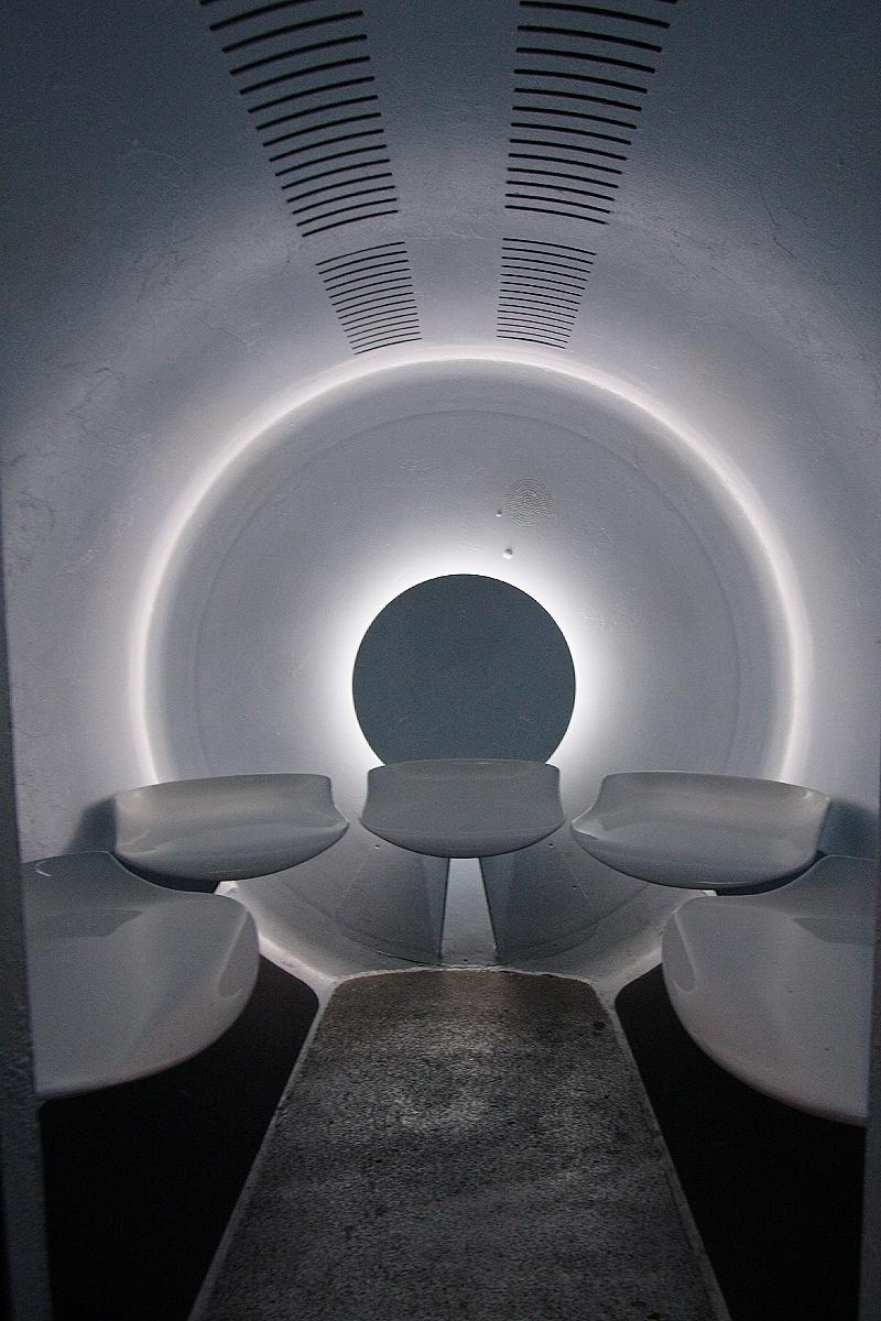 gateway arch elevator photos. Black Bedroom Furniture Sets. Home Design Ideas