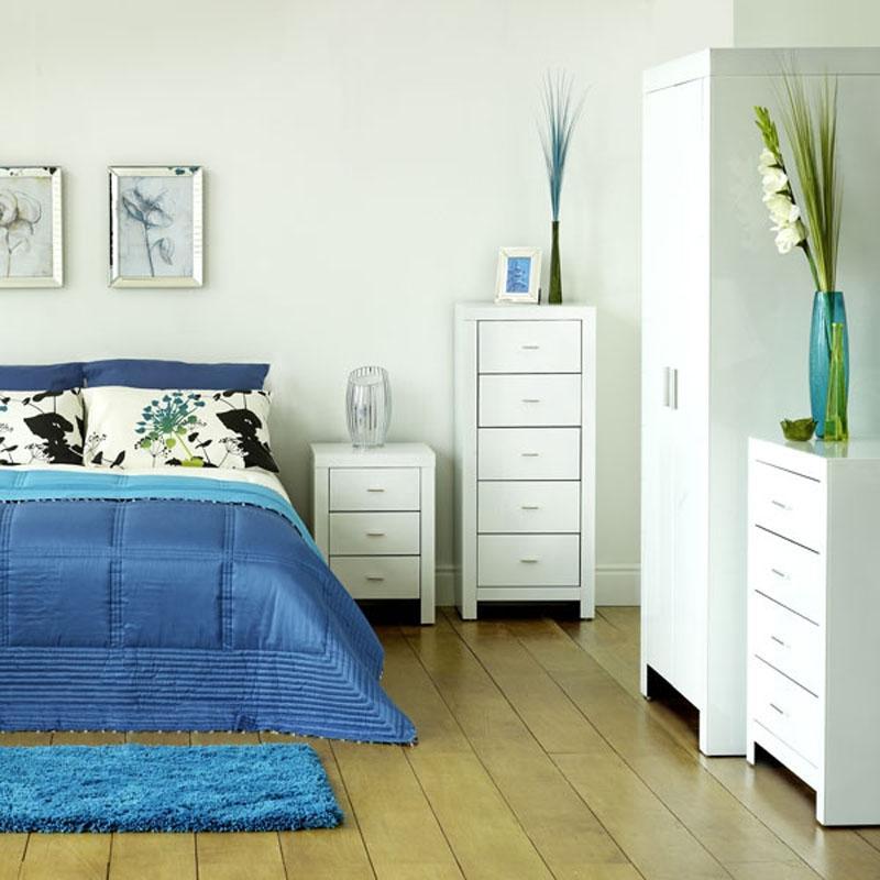 Modern Bedroom Design Ideas For Girls Sky Blue Colour Bedroom Bedroom Colour Pic Bedroom Lighting: Blue And White Bedroom Photos