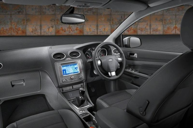 Ford Focus 2008 Interior Photos