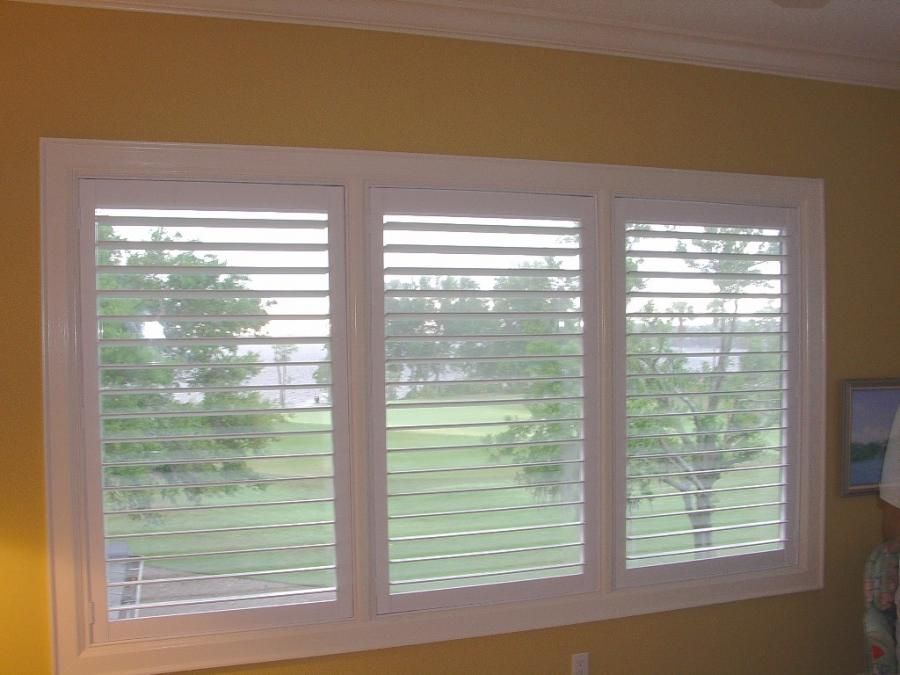 Photos of plantation shutters for Cheap window shutters interior