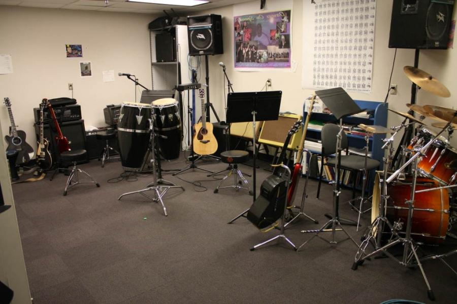 ... equipped band room ...