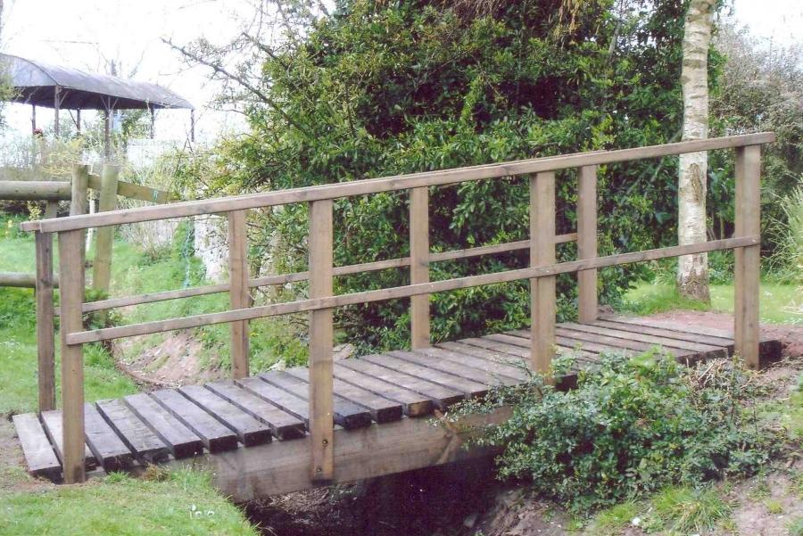 Garden Bridges Photos