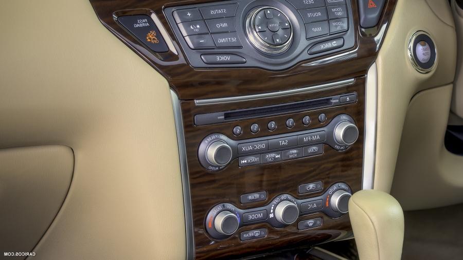 2013 Nissan Pathfinder Interior Photos