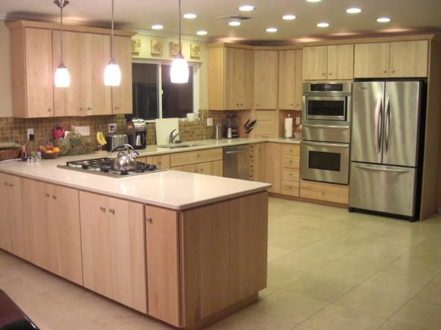 Natural Maple Kitchen Cabinets Photos