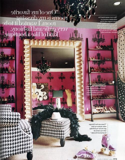 fabulous art in miley cyrus bedroom hollywood home of hannah