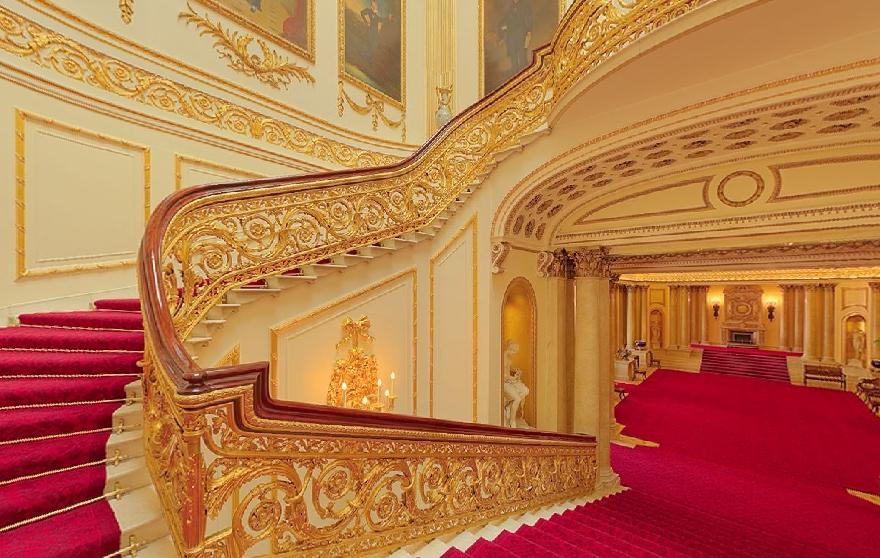 Buckingham Palace Photos Interior
