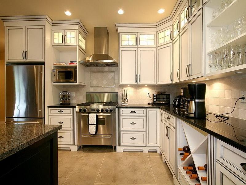 Cool Kitchen Celebrity Home Interiors Design