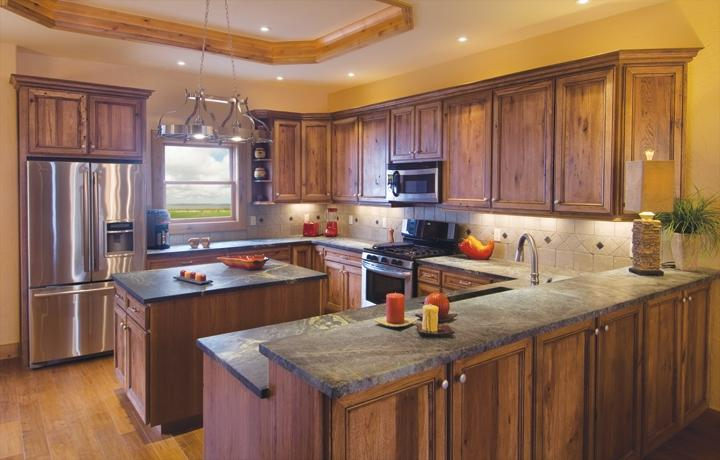 Hickory cabinets kitchen photos for Canyon creek kitchen cabinets