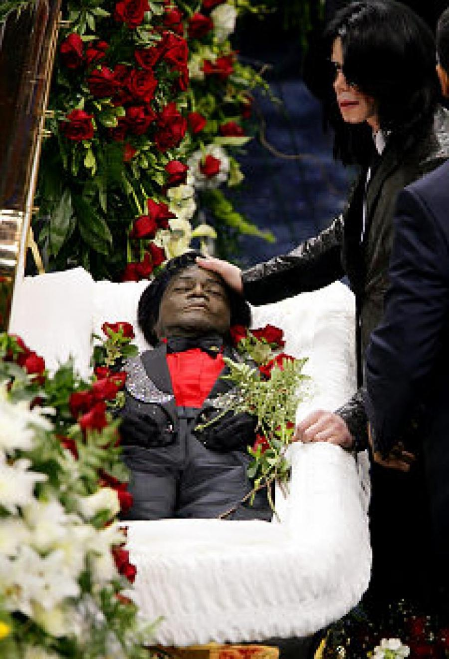 Open Casket Photos Of Michael Jackson