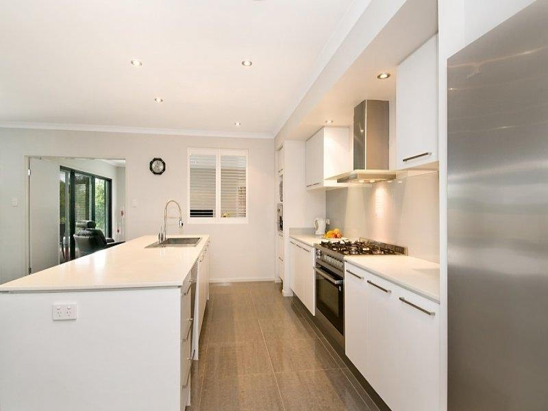 ... White-Galley-Kitchen-Design ...