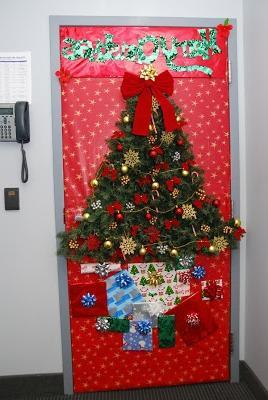 Christmas Decorating Ideas Office