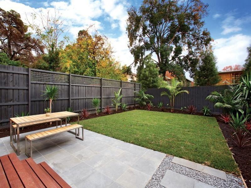 Garden ideas photos australia for Courtyard landscaping australia