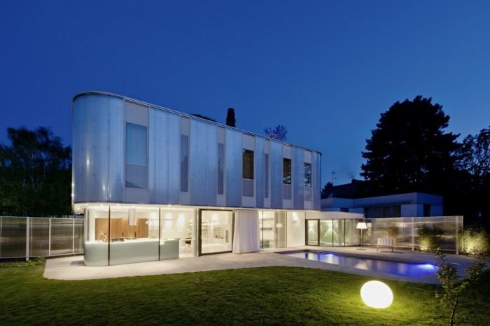 Curved House Design in Suburb of Vienna Austria Night View