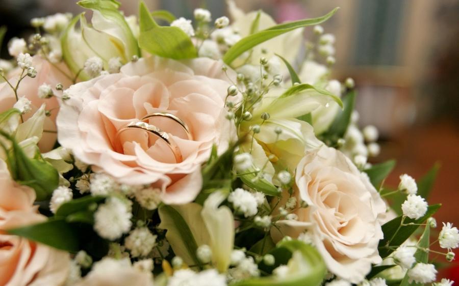 Букет с днем свадьбы