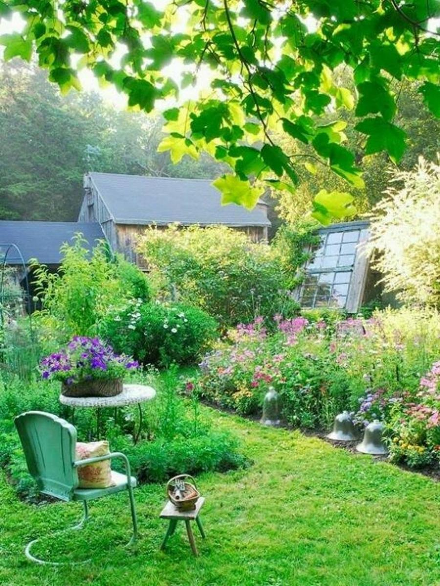 Get lovely french country garden ...