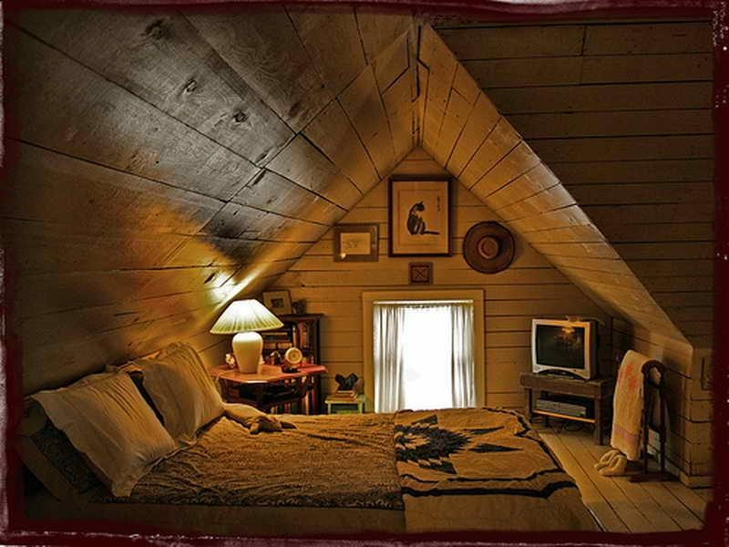 Size Large : outstanding Chic Attic Bedroom Design Ideas With...