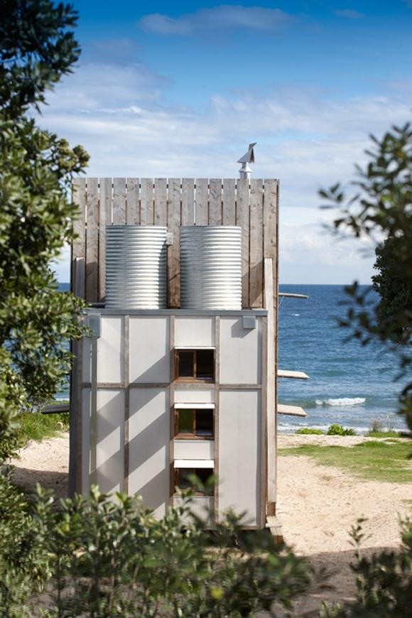 Tiny beach houses photos