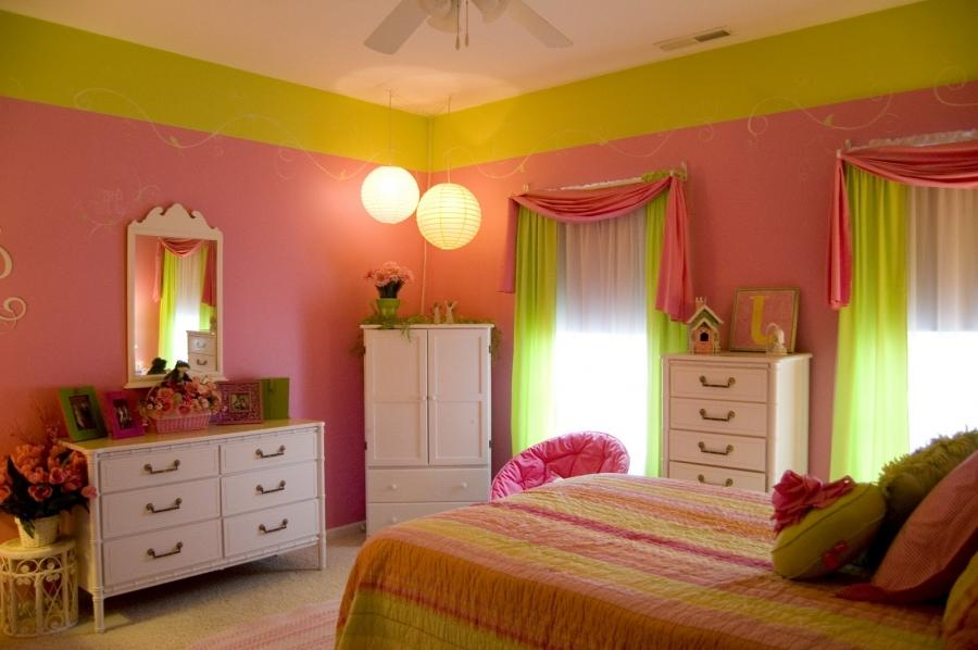Photos of pink and green bedrooms for Pink and green bedroom designs
