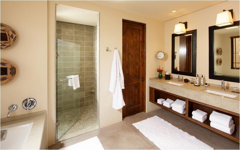 Photos southwest bathrooms for Southwest bathroom designs