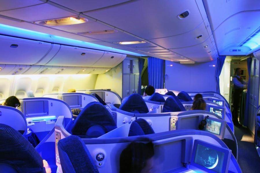 Boeing 787 dreamliner interior photos